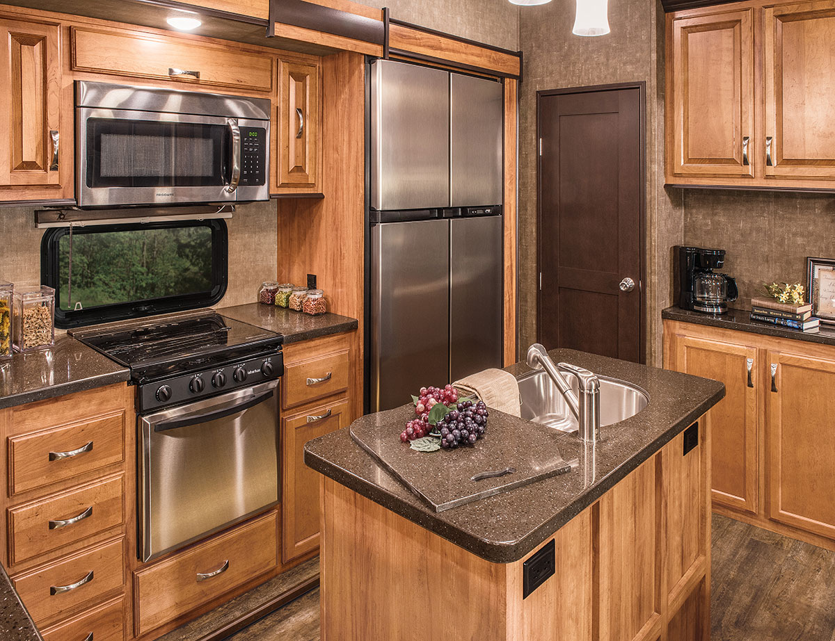 2016 durango gold g381ref fulltime luxury fifth wheel k z rv for Harga kitchen cabinet 2016