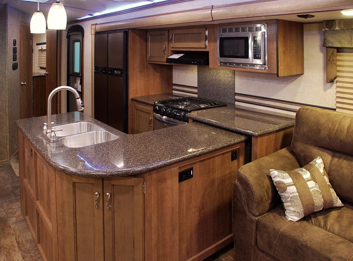 2016 spree 337res lightweight travel trailer k z rv for Camper kitchen designs