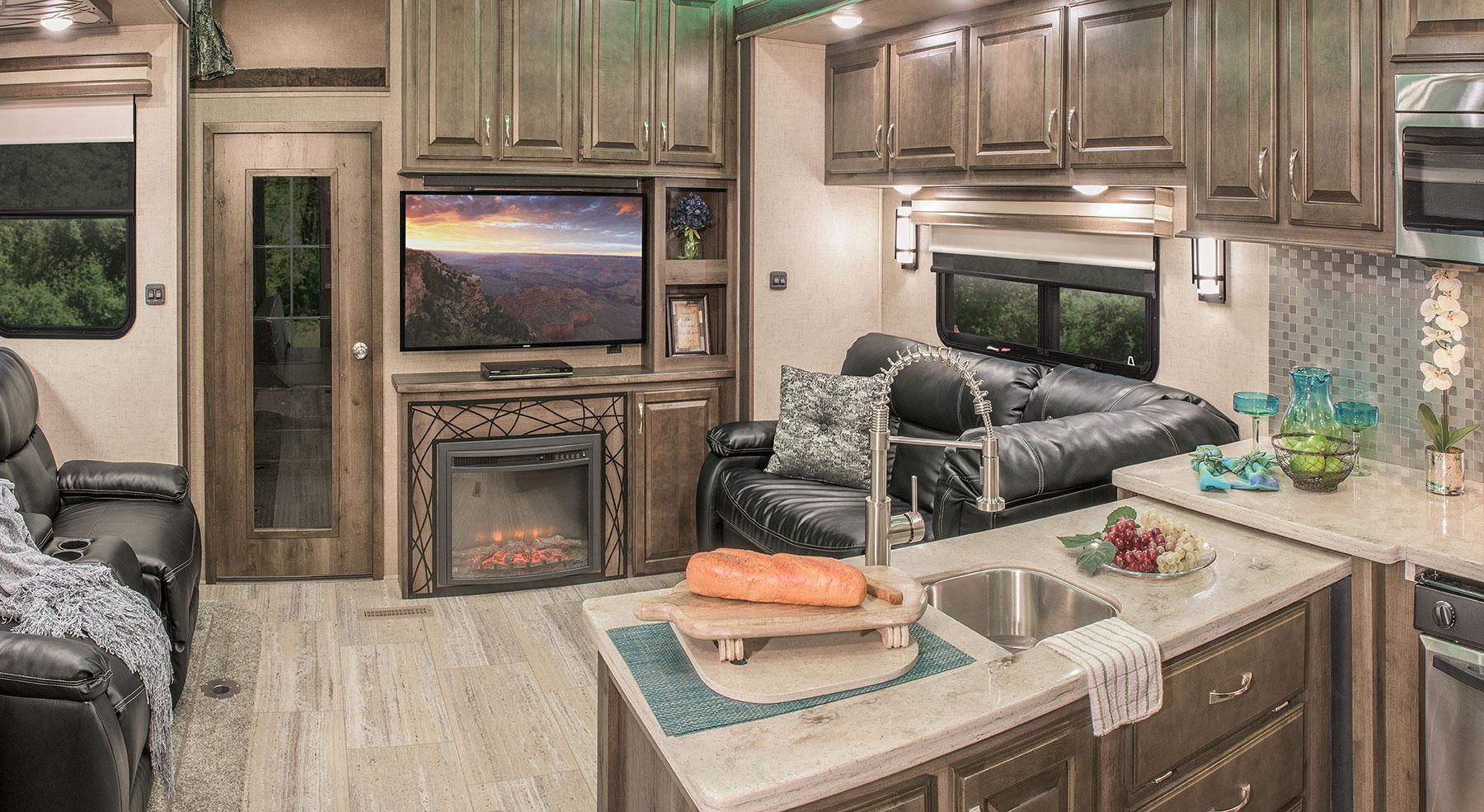2016 venom v3911tk luxury fifth wheel toy hauler kz rv for 2016 luxury front living room 5th wheel