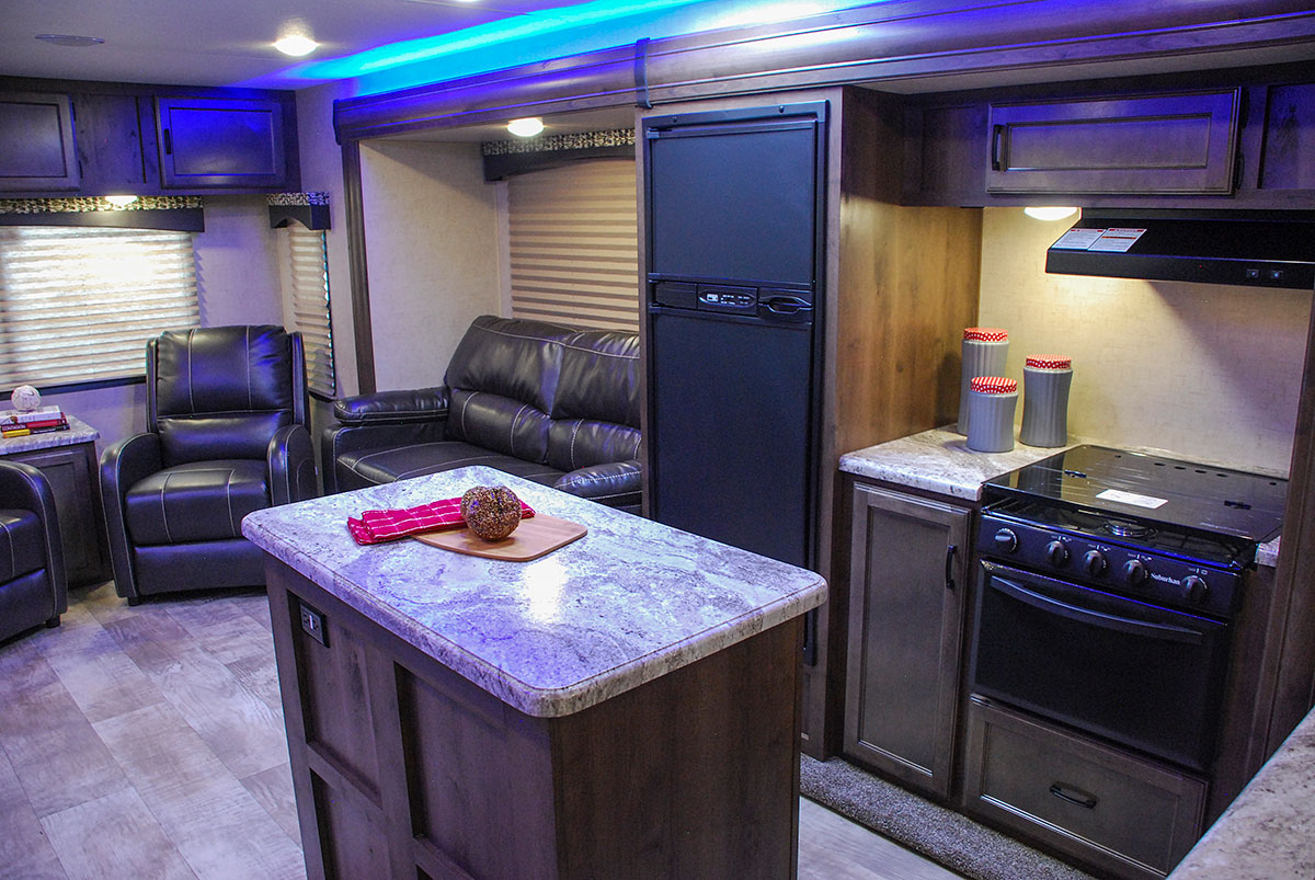 2017 Connect C303rl Lightweight Travel Trailer Kz Rv