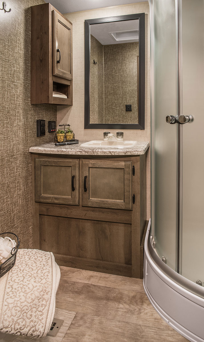 Superieur ... 2017 K Z RV Spree S322RL Travel Trailer Bathroom