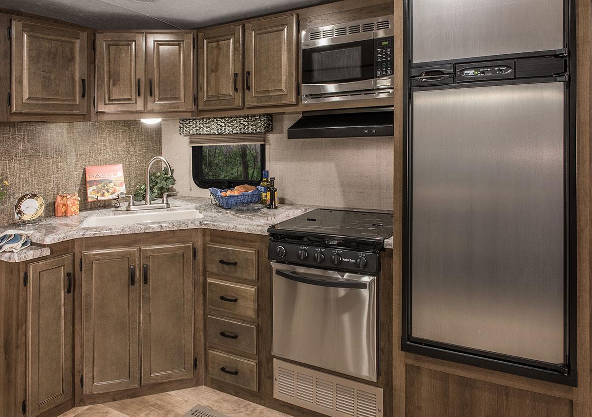 2017 spree s322rl luxury lightweight travel trailer k z rv. Black Bedroom Furniture Sets. Home Design Ideas