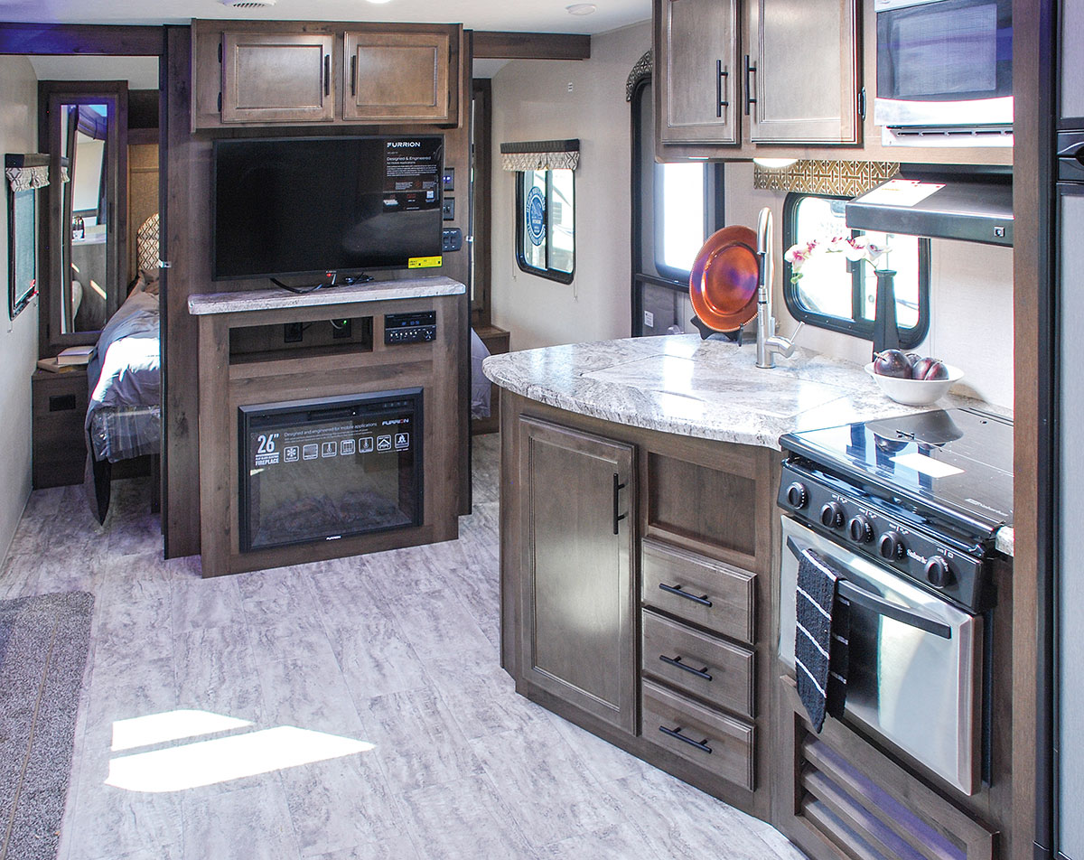 Kz Travel Trailers >> 2018 Connect C312BHK Lightweight Travel Trailer | KZ RV