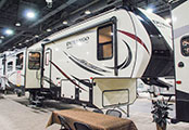 2018 KZ RV Durango D325RLT Fifth Wheel Show Exterior Front 3-4 Door Side