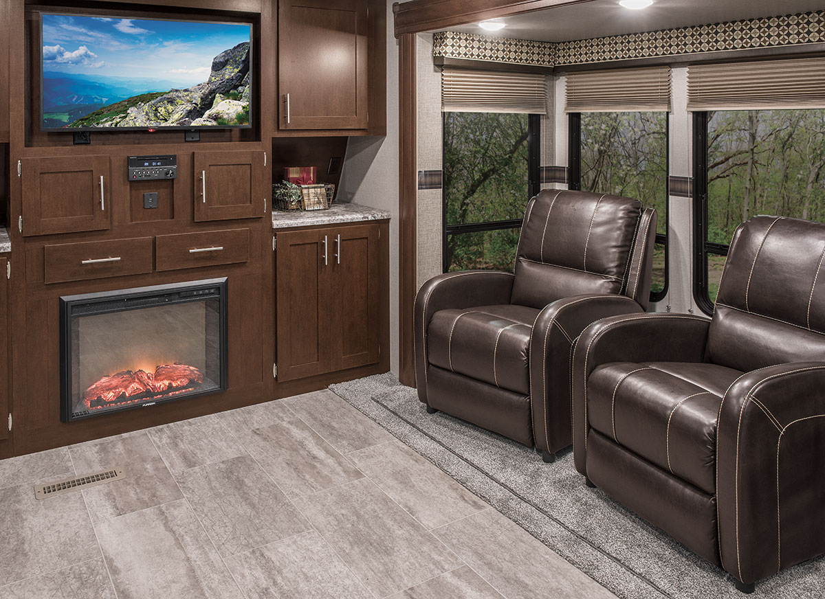 Sportsmen® - Travel Trailers 2018 363FL