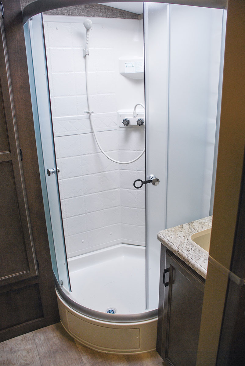 Rv Glass Shower Door 1000 Images About Rv Cing Interiors
