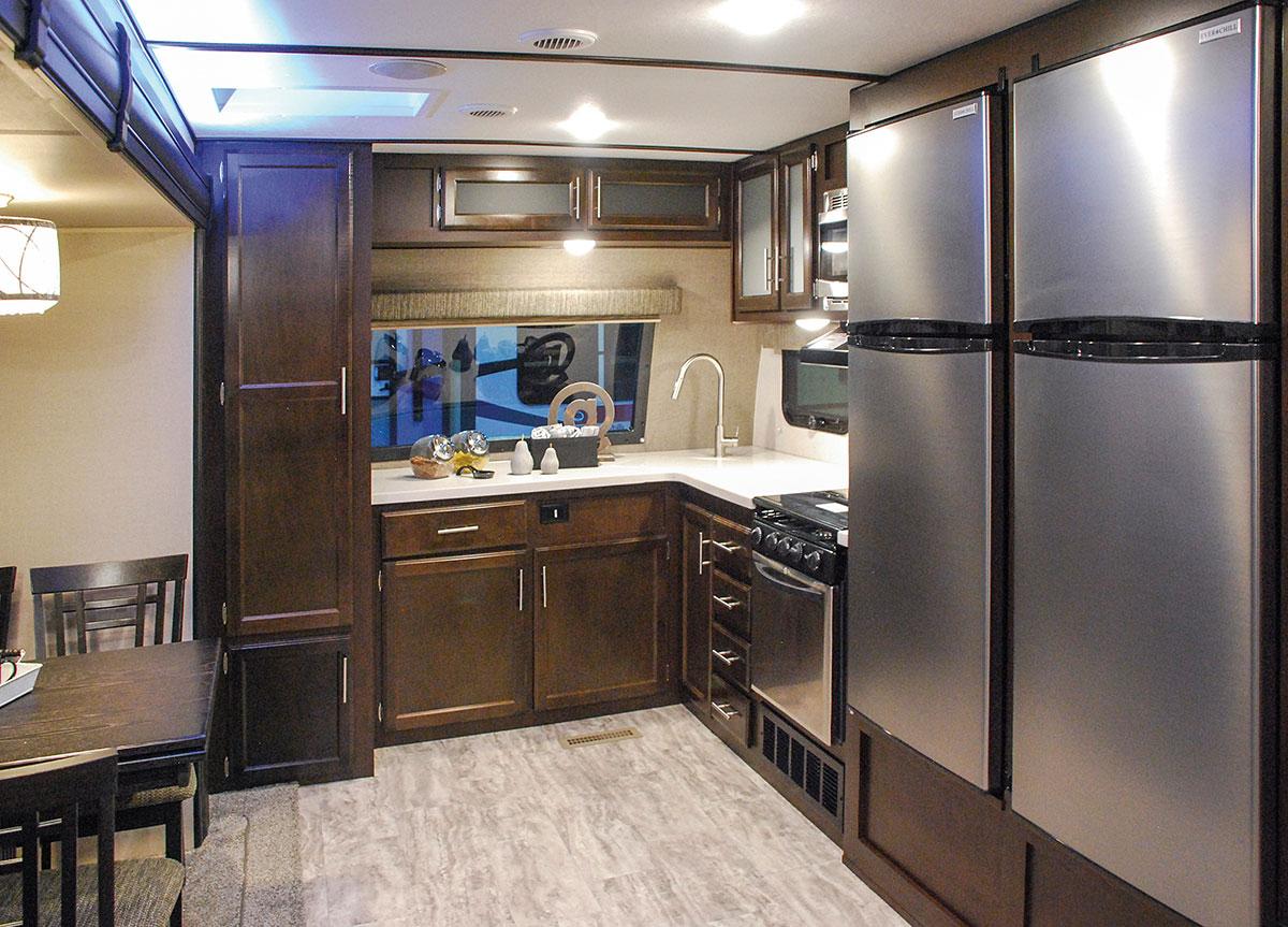 2018 K Z RV Spree S302FKF Travel Trailer Kitchen ...