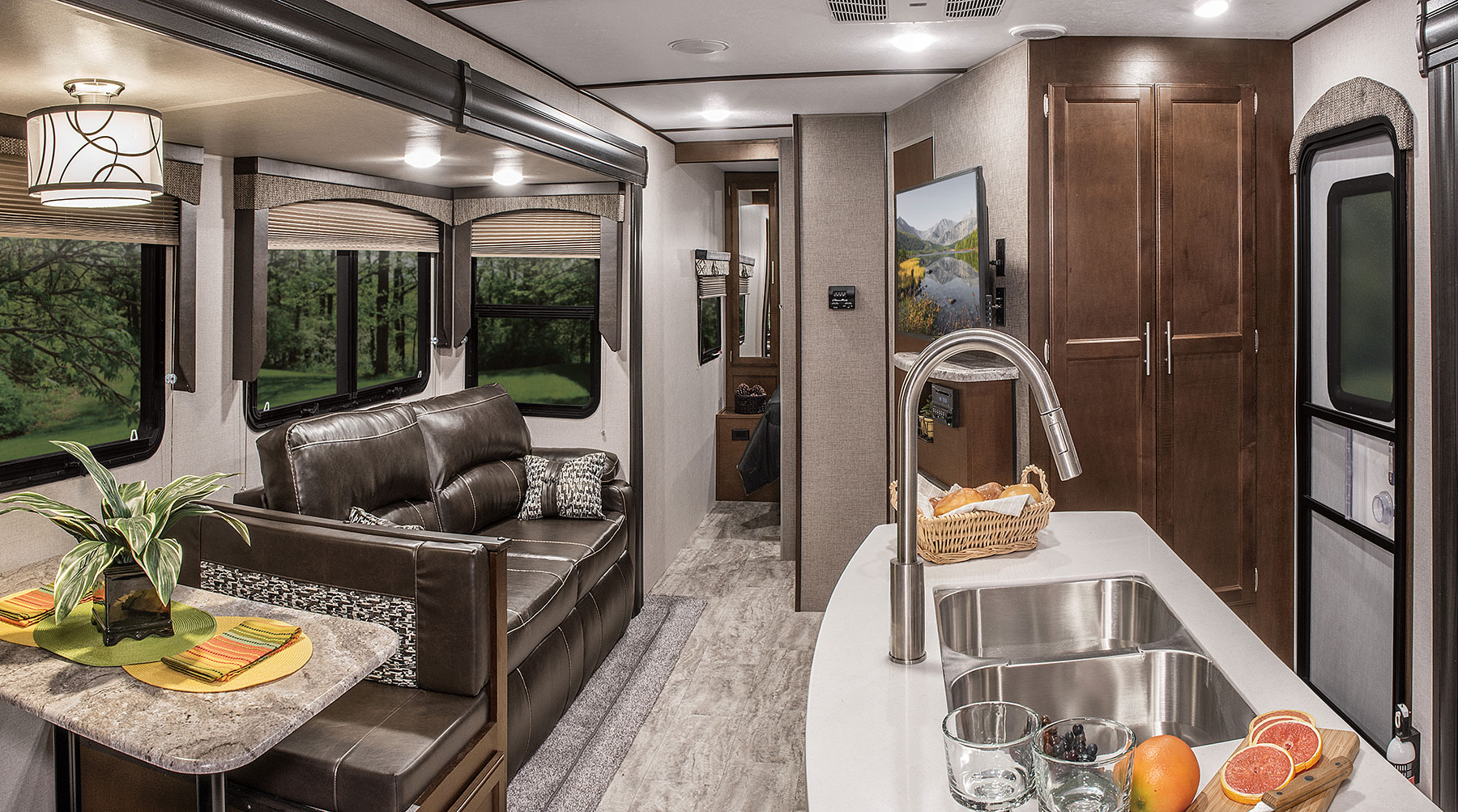Lightweight Travel Trailers >> 2018 Spree S333BHK Luxury Lightweight Travel Trailer | KZ RV