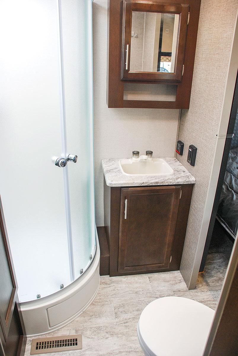 ... 2018 K Z RV Spree S333RLF Travel Trailer Bathroom