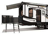 2018 KZ RV Venom V3911TK Fifth Wheel Toy Hauler Exterior Patio