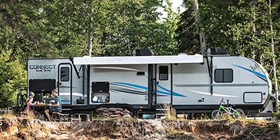 2020 KZ RV Connect C332BHK Travel Trailer at campsite