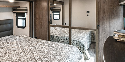 2020 KZ RV Durango D321RKT Fifth Wheel Bed