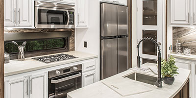 2020 KZ RV Durango Gold G356RLT Fifth Wheel Kitchen Cabinets